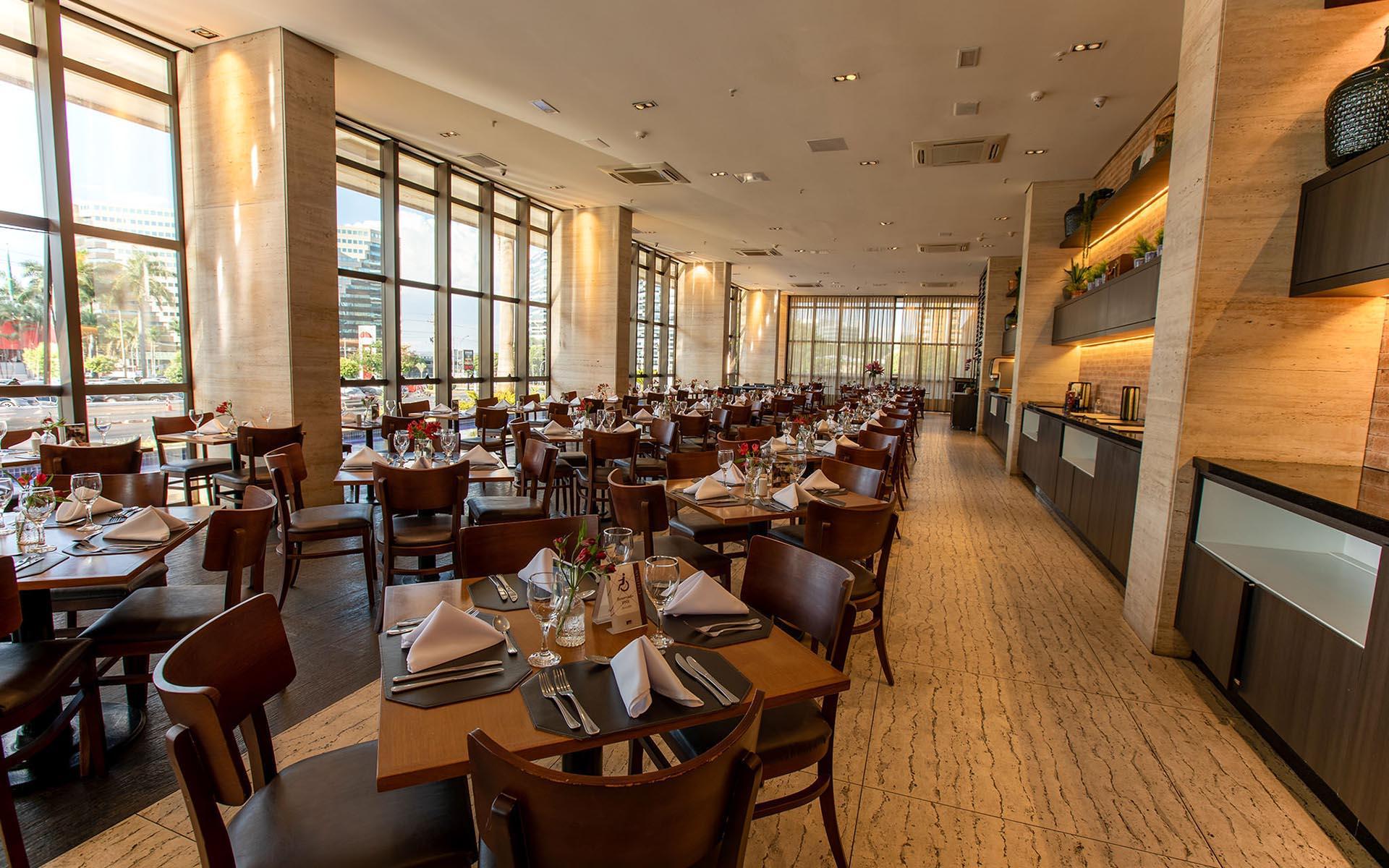 cafe-da-manha-e-restaurante-do-hotel-cullinan-hplus-premium-em-brasilia