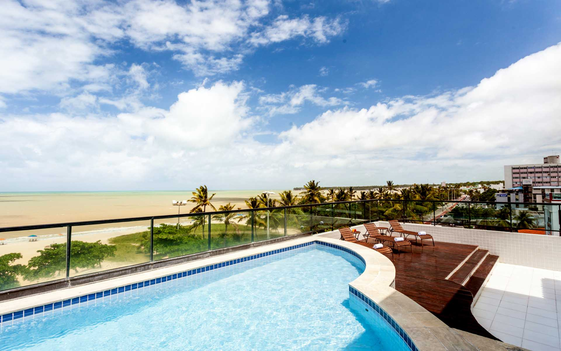 piscina_hotel_joao_pessoa_hplus_beach (16)