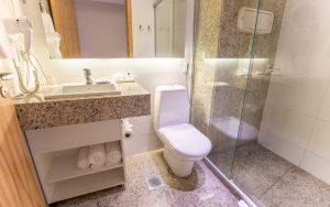 banheiro-quarto-luxo-hotel-culinan-hplus-premium-em-brasilia-