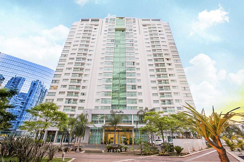 fachada-do-hotel-saint-moritz-hplus-express