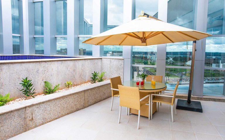 piscina do hotel vision hplus em brasilia