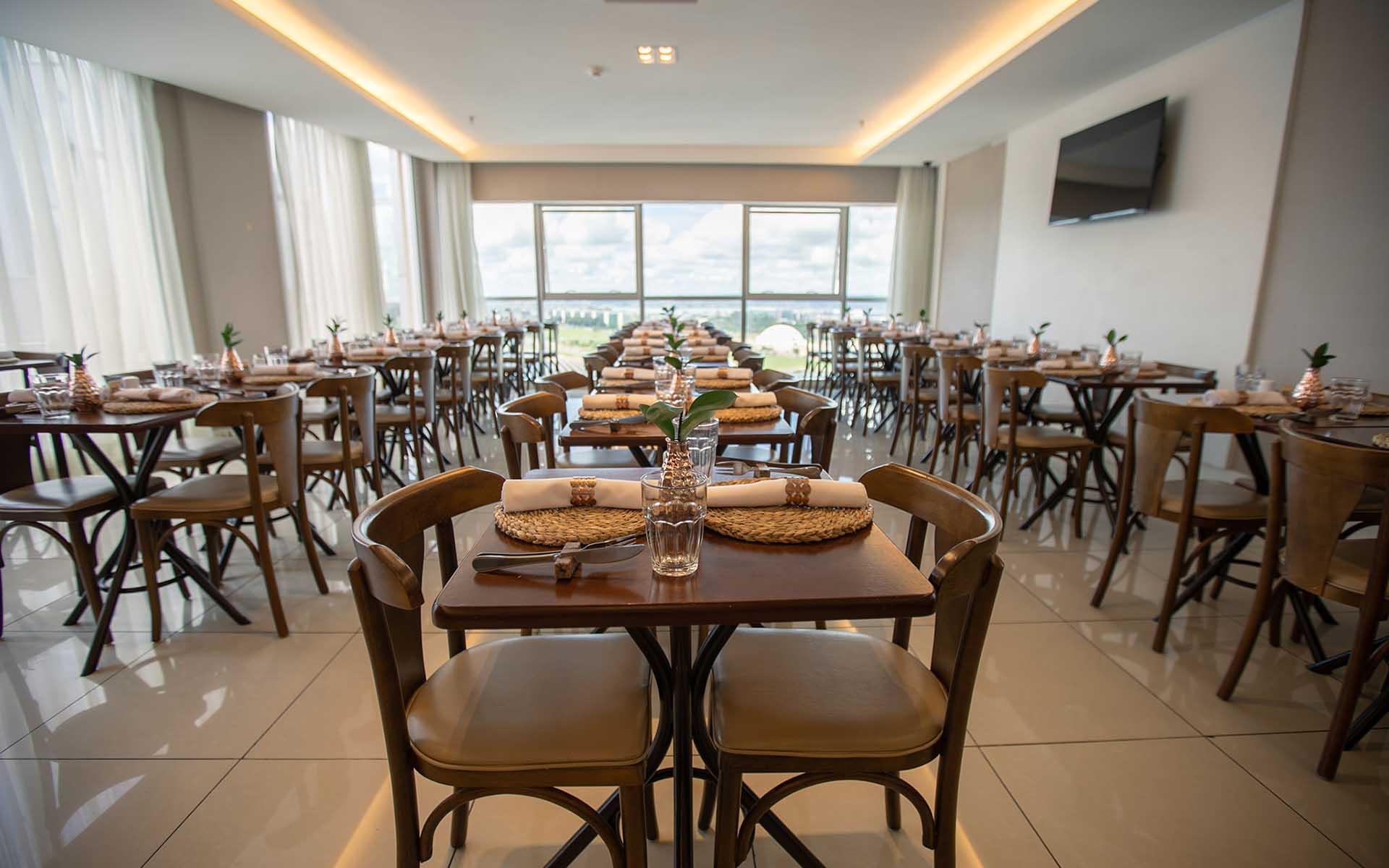restaurante e café da manhã do hotel usion vision hplus em brasilia