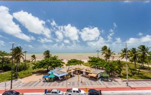 quarto luxo com vista para o mar do hotel joão pessoa hplus beach
