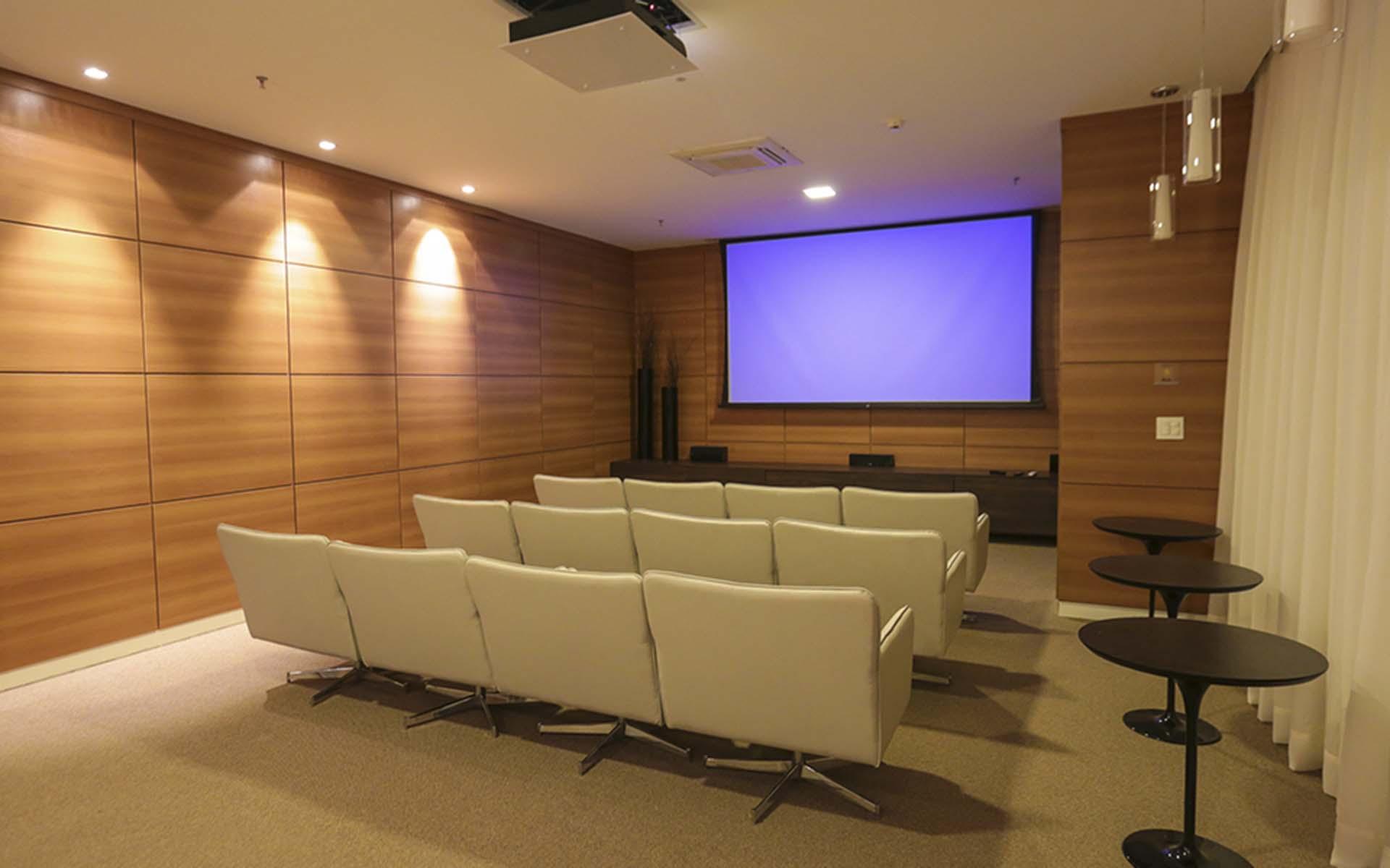 cinema do apart hotel flat em brasilia vista park sul hplus long stay