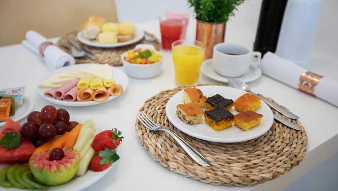 pacote romântico café da manhã
