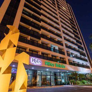 hotel hplus athos bulcão