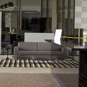 lobby do apart hotel flat em brasilia venice park hplus long stay