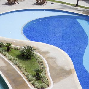 piscina do apart hotel flat em brasilia venice park hplus long stay