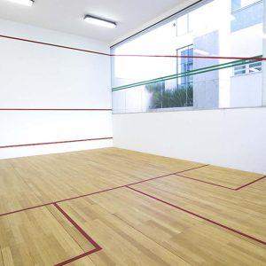 quadra de squash do apart hotel flat em brasilia vista park sul hplus long stay